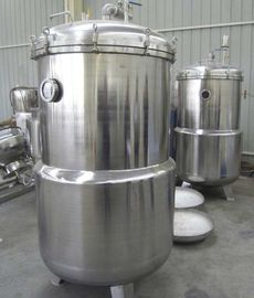 China Manual Open / Close Door vertical autoclave for Packaged Food Products factory